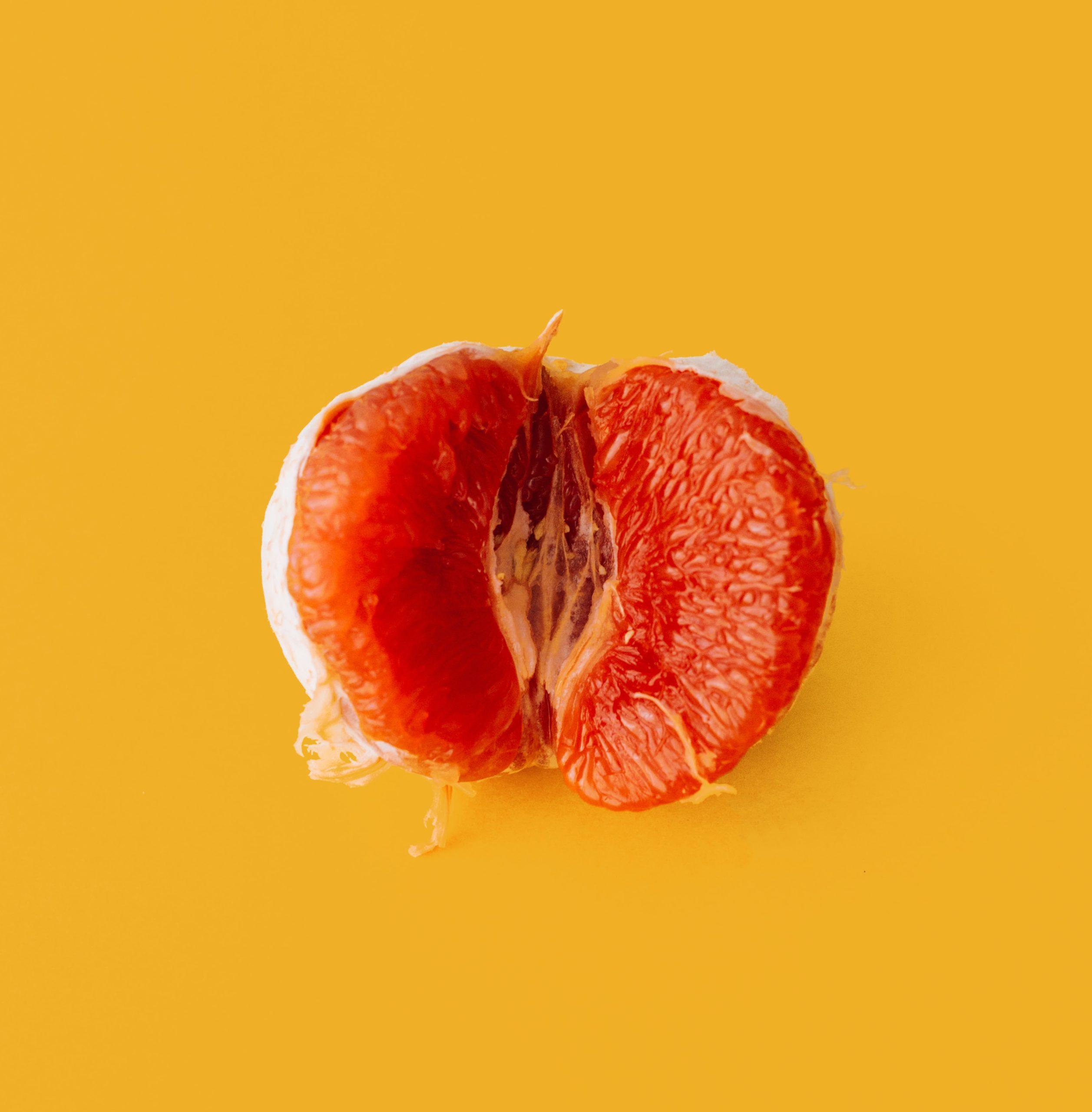 Unpeeled orange.