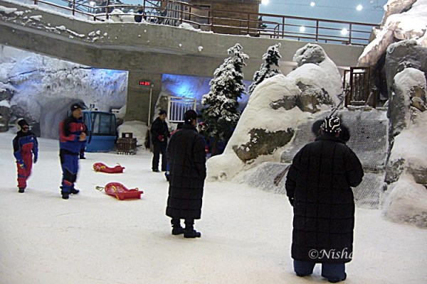 Indoor skiing dubai