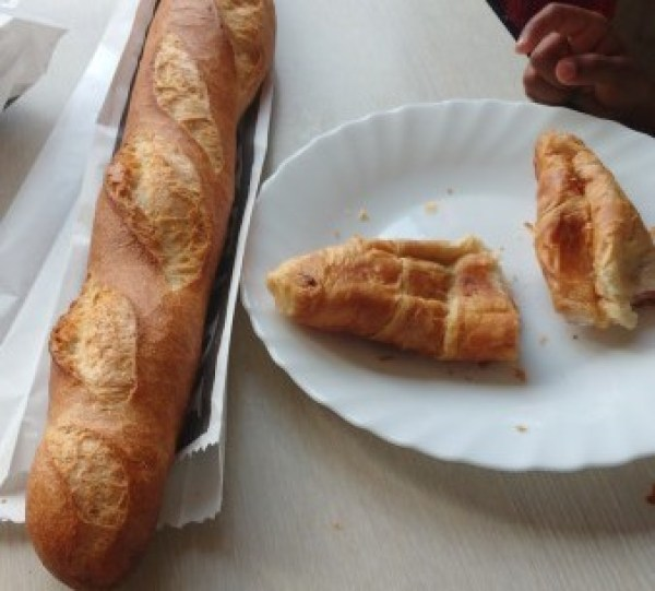 french-authentic-buggets-and-croissants-e1475652579683