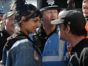 saffiya-khan-confronts-racists