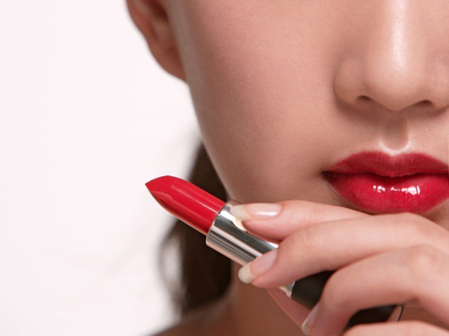 7 tips to wear your lipstick perfectly
