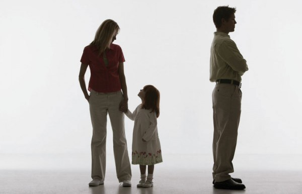 Maintaining a healthy relation with your ex-spouse for your kids