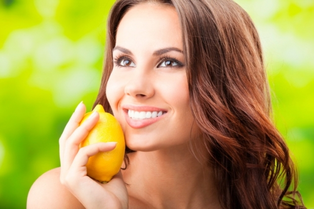 Stay beautiful and young with lemon