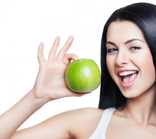 The Anti-Aging Perks of Apples