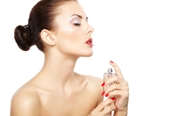 10 Perfume tricks every woman must know