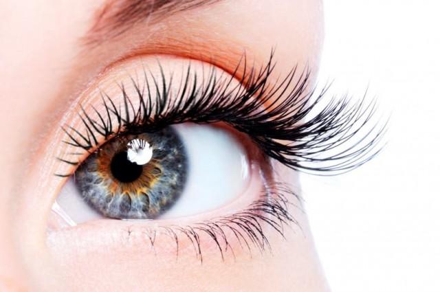 Avoid mascara and uses eyelashes