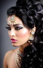 gorgeous indian wedding hairstyle