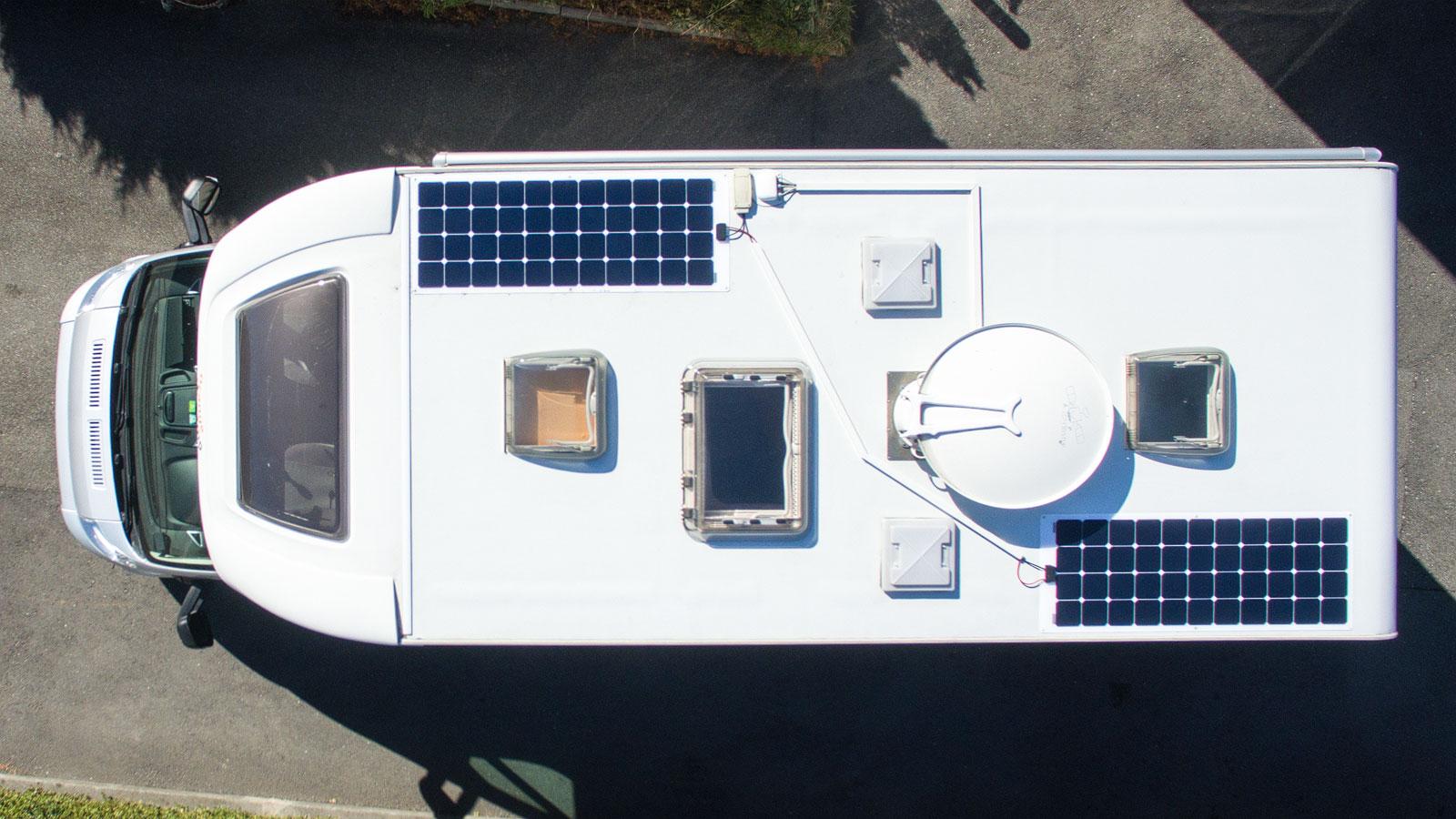 Kabel fr Solaranlage im Carado Orangecamp verlegen