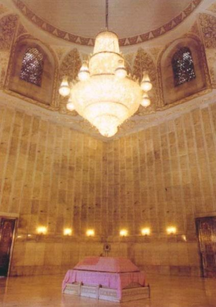 Raudat Tahera - entire Holy Quran within the walls