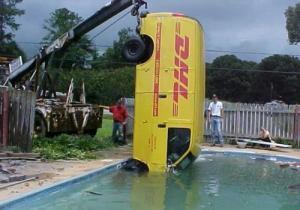 DHL in Swimming pool
