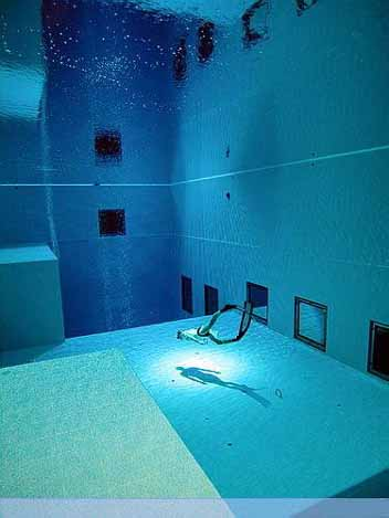 Nemo 33 - Deepest Swimming Pool of the world - 05