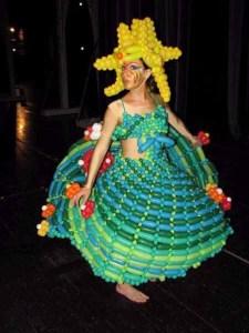 Balloon Fashion Show Pic-05