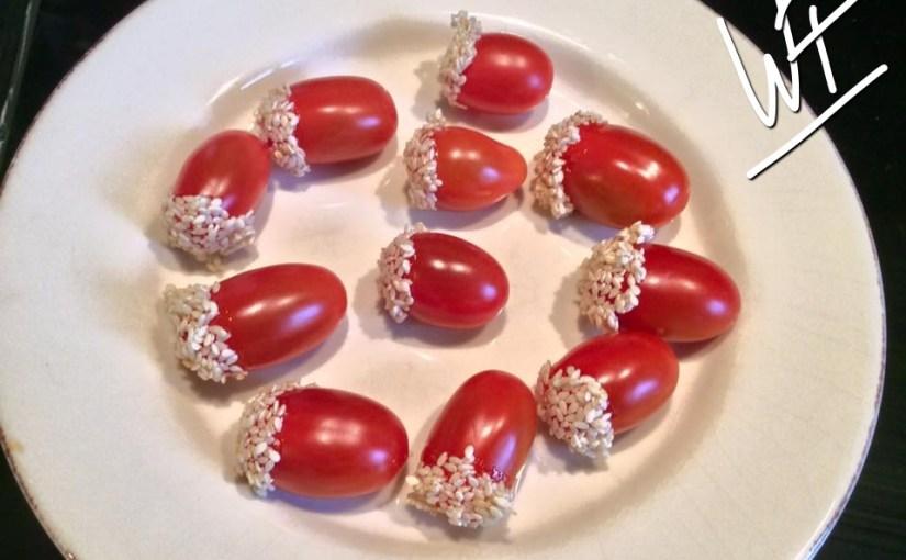 Tomates cerise comme une pomme d'amour