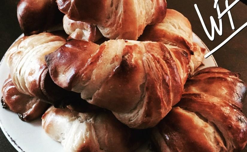 Les croissants magiques – pâte feuilletée levée – : rapide, sans tourage, sans détrempe ! Édit du 07.04.2018