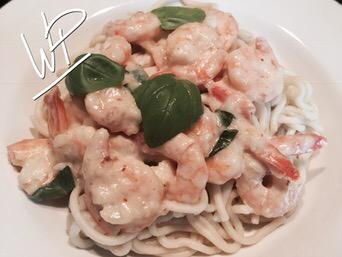 Les spaghettis fraiches, crevettes sautées à l'ail et Basilic au MINI KITCHENAID ARTISAN