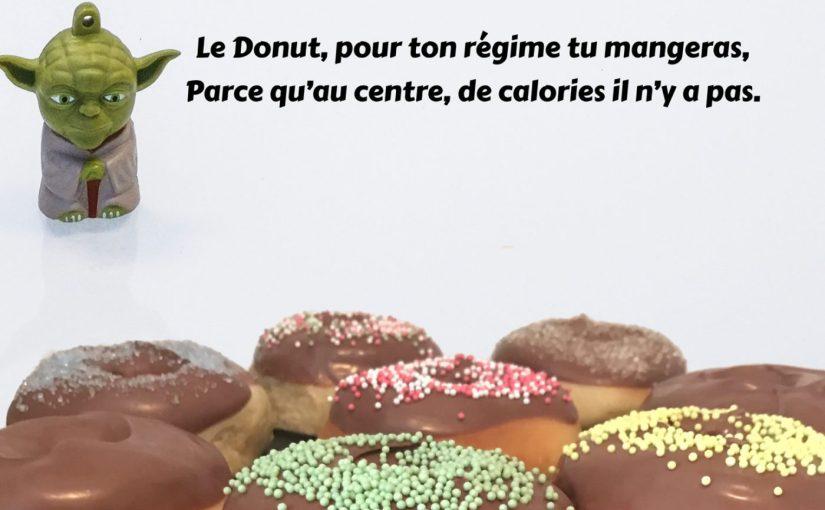 Donuts super aériens hyper faciles glaçage au chocolat (avec ou sans Companion)