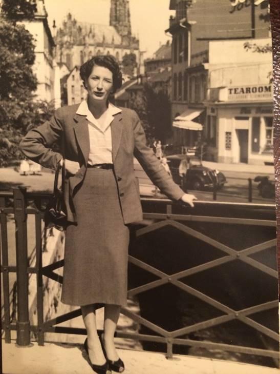Fashion Flashback Wwii Women S Fashion: Fashion As Resistance In WWII France