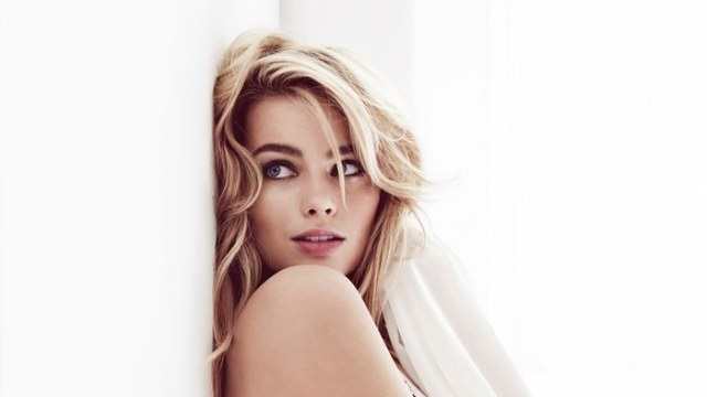 Margot Robbie Hottest Actresses in Hollywood