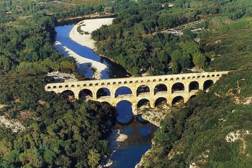 Pont du Gard Aqueduct: Gard, France