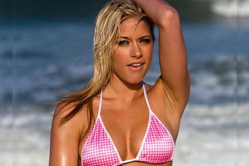 Kelly Kelly Hot Look