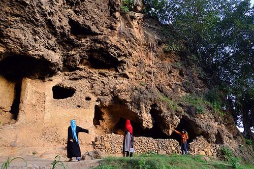 Shah Allah Ditta Asian Caves