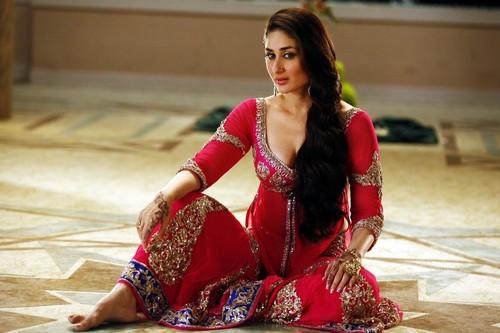 Kareena Kapoor in Agent Vinod as Itemgirl