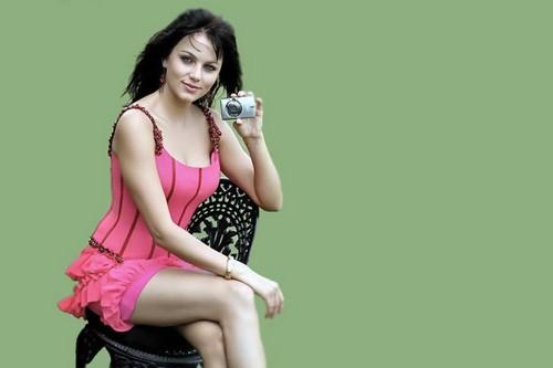 Sizzling Yana Gupta
