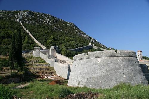 10 Most Famous Walls