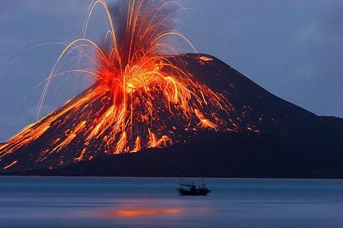 Active Krakatoa, Indonesia