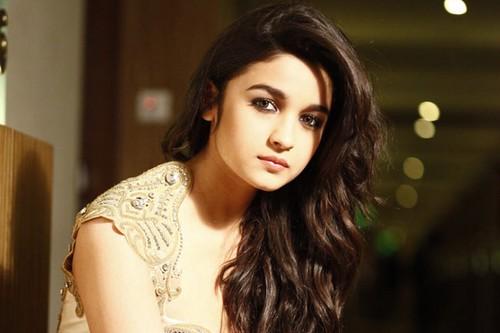 Alia Bhatt Successful Star Kids of Bollywood