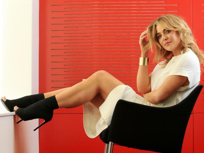 Jessica Marais Hottest South African Female Stars
