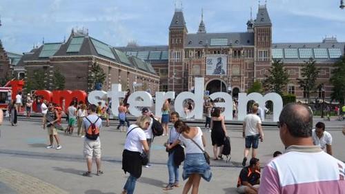 Park in front of the Rijksmuseum