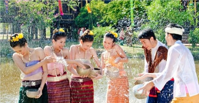 Places known for Hospitality - Top 10 Friendliest Countries