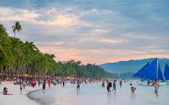 Boracay beautiful places to visit in the Philippines