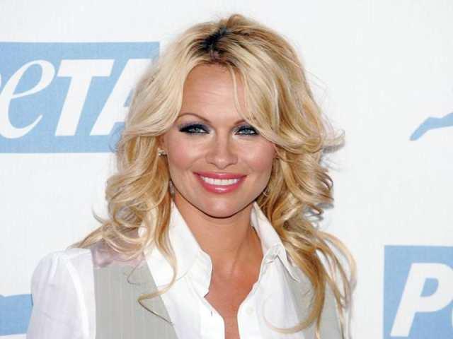 Pamela Anderson Celebrities With Weird Phobias