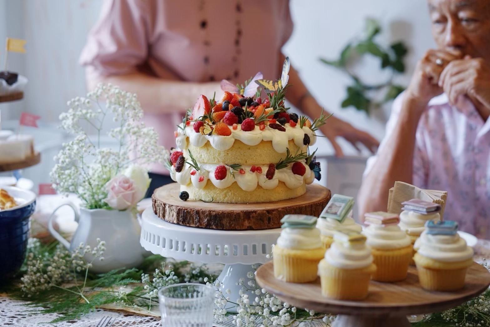minimal wedding งานแต่งมินิมอล cake