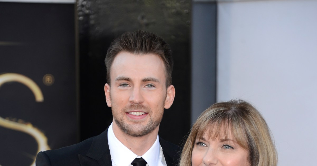 Stars who brought their parents to the Oscars.jpg