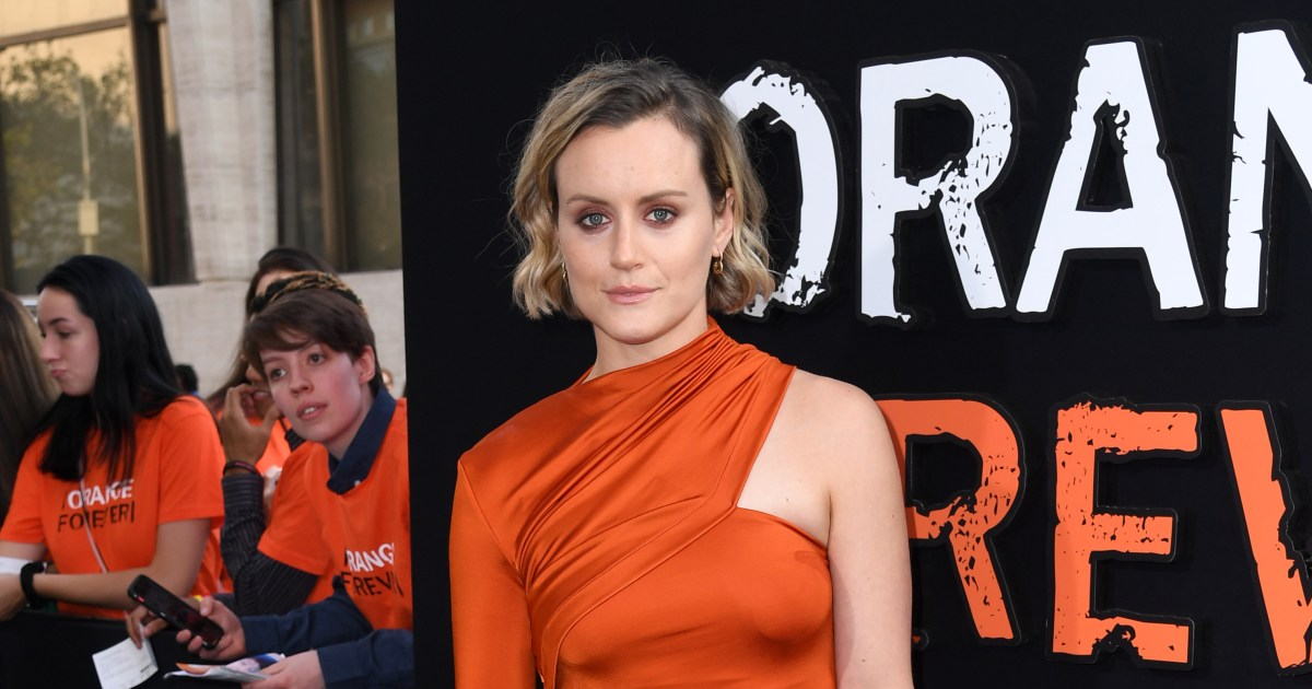'Orange Is the New Black' star Taylor Schilling reveals she's dating visual artist Emily Ritz with new Pride post   Wonderwall.com