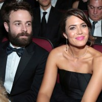 taylor goldsmith mandy moore