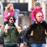 Dave Grohl, dad James, daughters Harper, Violet