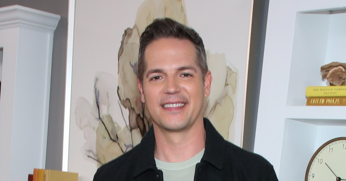 Jason Kennedy, longtime fan favorite at E!, out after 16 years.jpg
