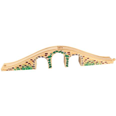 Three Arch Bridge - houten brug treinbaan