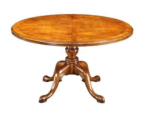 DT5276 Walnut Extending Table (No leaf)