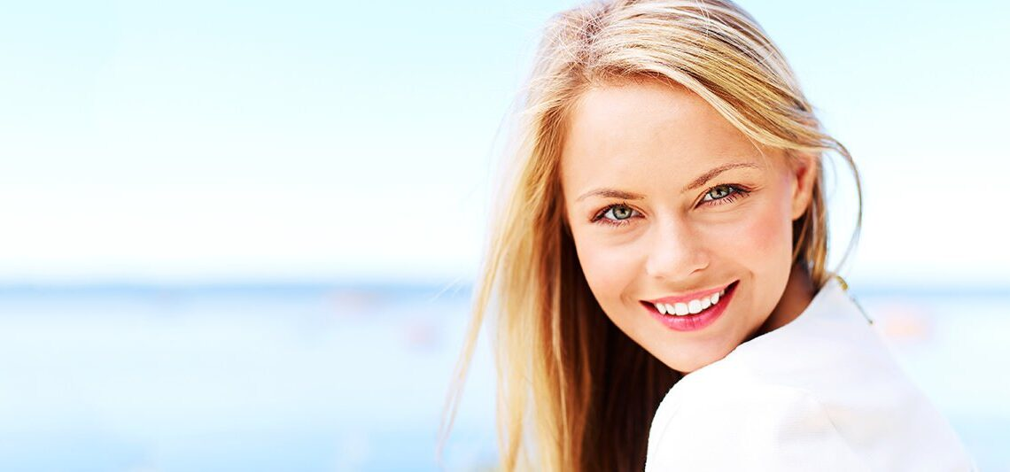 smile makeover by Dentist In Guildford