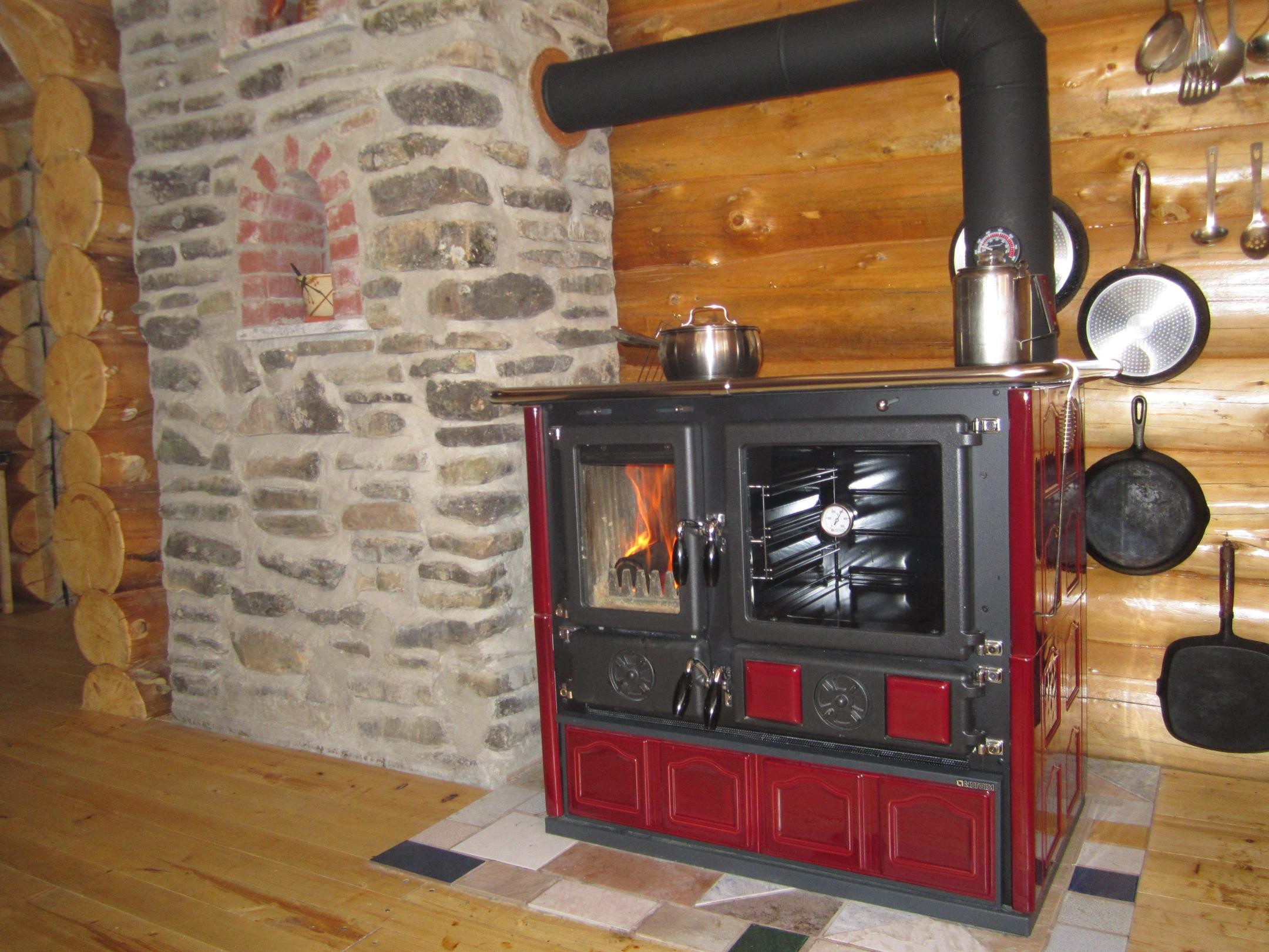 Wood Cook Stove La Nordica Rosa Maiolica Bordeaux