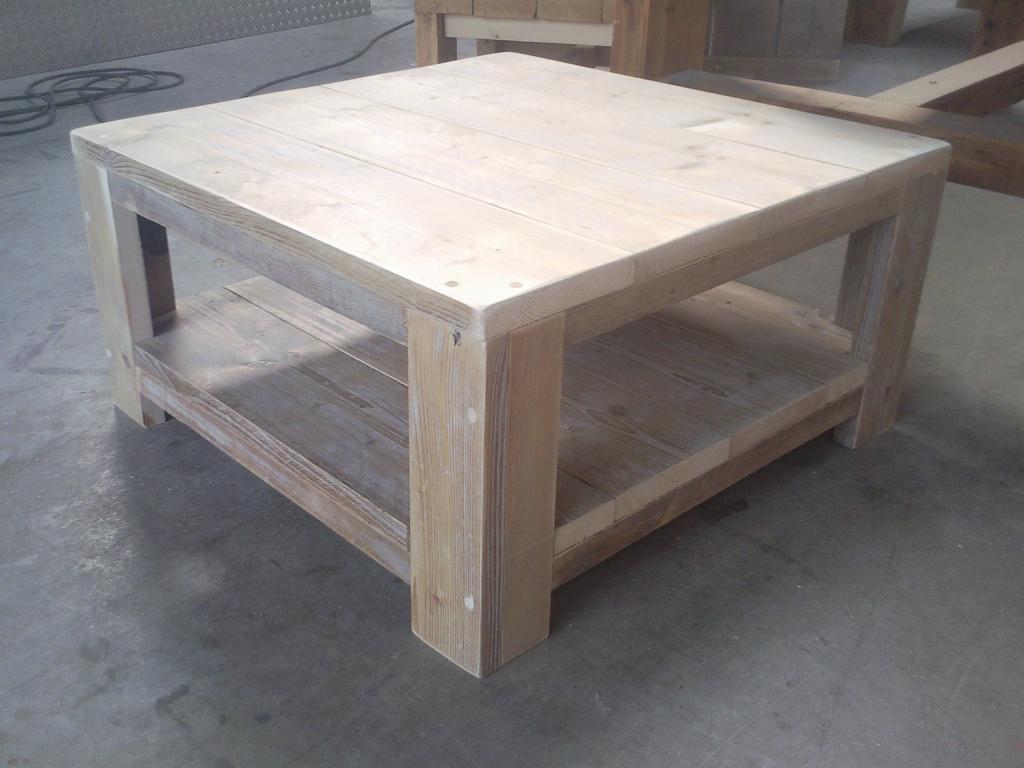 Salon tafel steigerhout  Wooddesign4u is gespecialiseerd