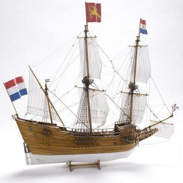 """Scale model of an English Trading Ship. Wooden hull 1:40 SCALE 24.8""""H 26.38""""L 7.87""""W (experienced) Limited Edition kit includes building slip FREE, a $69.99 value. Available while supplies last."""