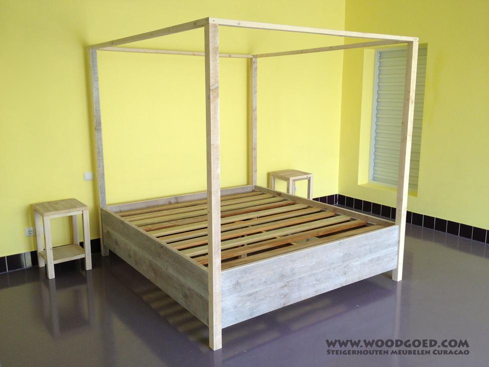Steigerhouten meubelen Curacao  Hemelbed Shelu