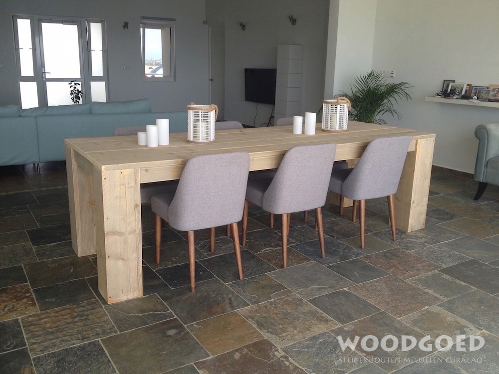 Woodgoed Curacao