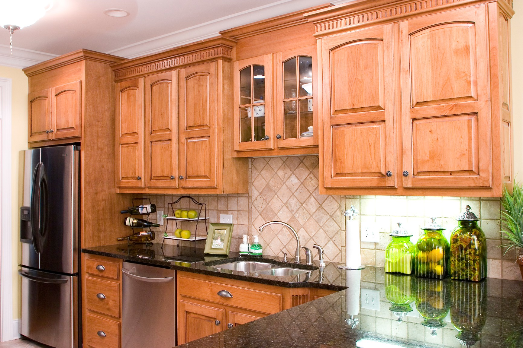 alder cabinets kitchen hotels with kitchens near me wood hollow